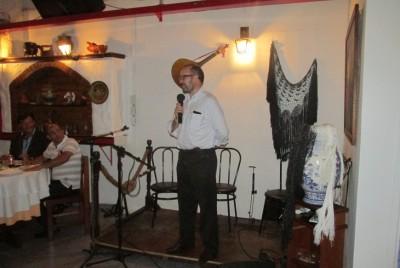 Presidente Jorge Manuel Gonçalves discursando antes do jantar