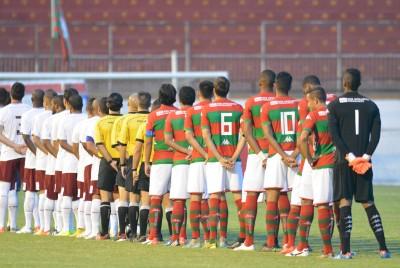 Jogadores durante o hino nacional