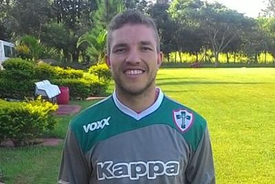 Luis Carlos é o novo goleiro da Portuguesa