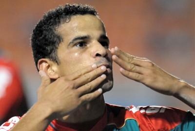 Bruno Mineiro é o novo atacante da Portuguesa